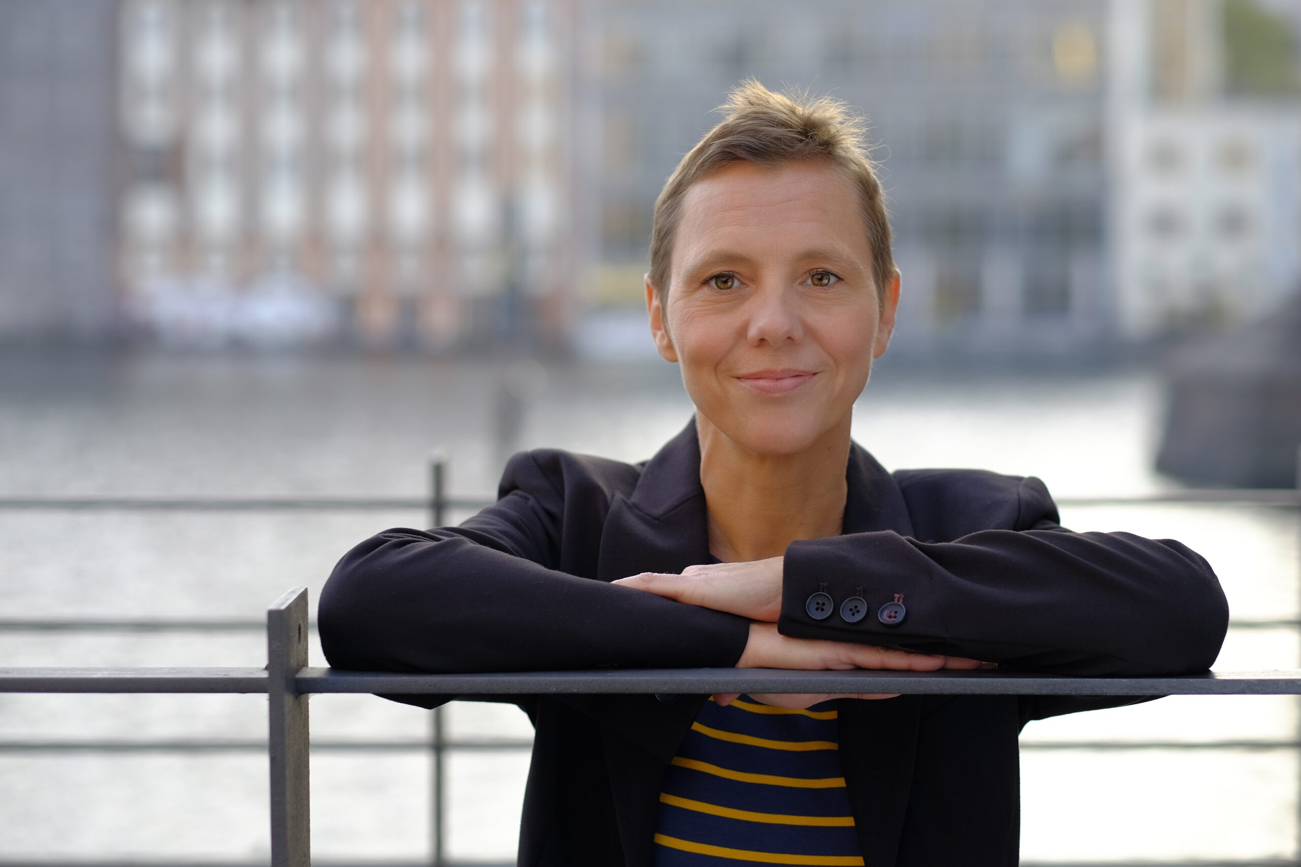 Dr. Sabine Nuss